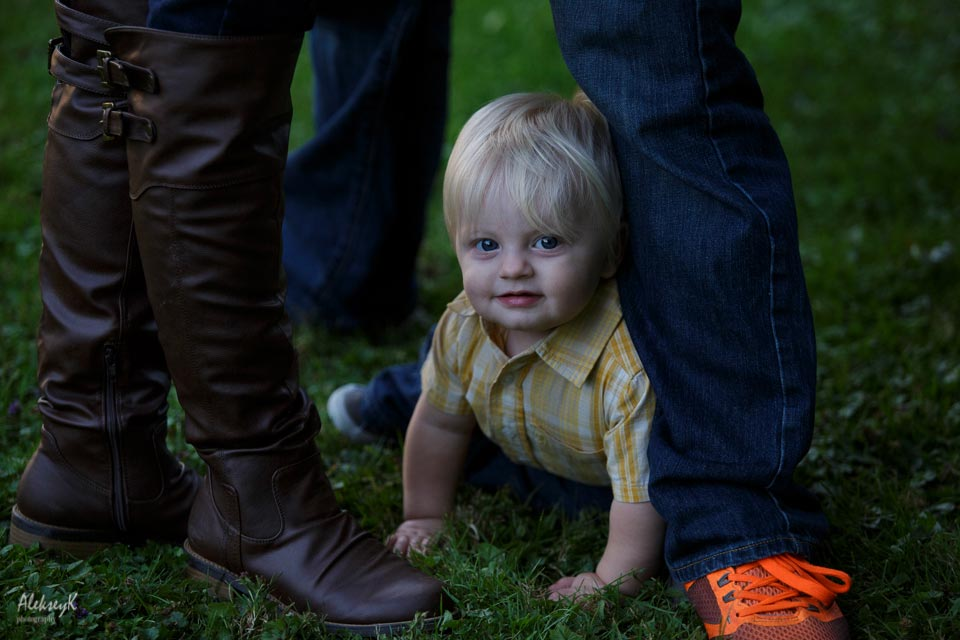 Hoyt Lake Buffalo Family Photo Session