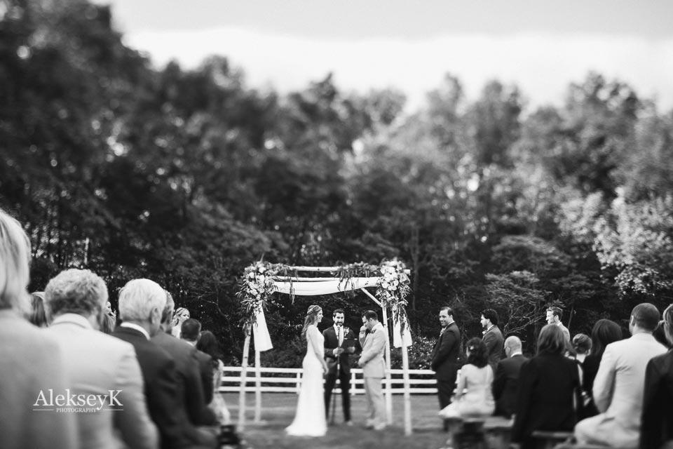 barn liberty farms wedding photos hudson valley