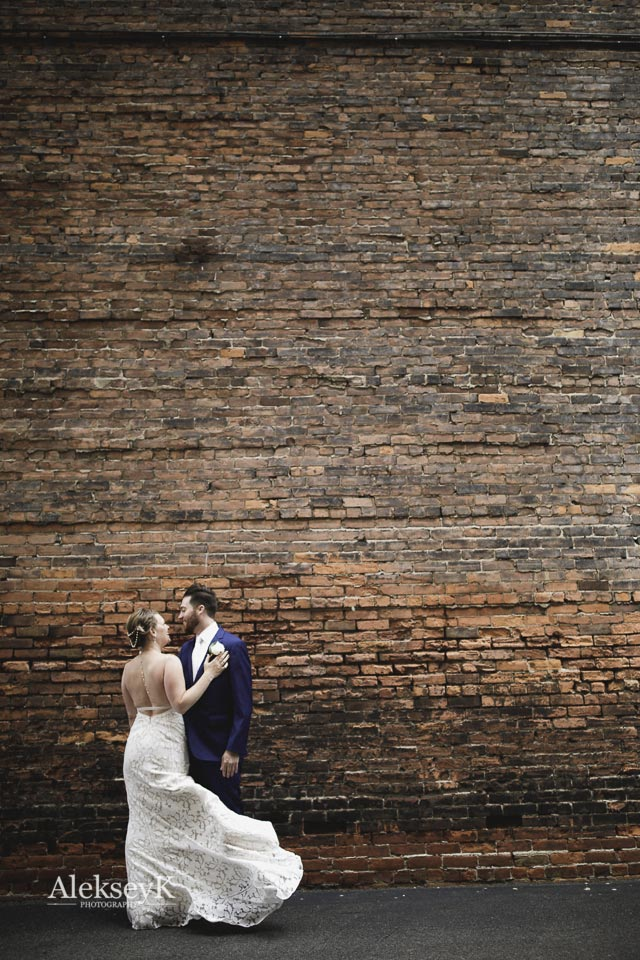 Pearl Street Brewery wedding photos