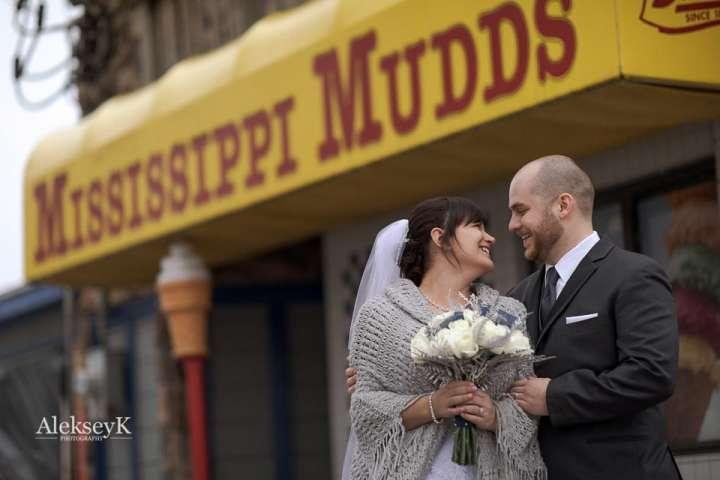 Pearl Street Grill & Brewery Wedding Photos