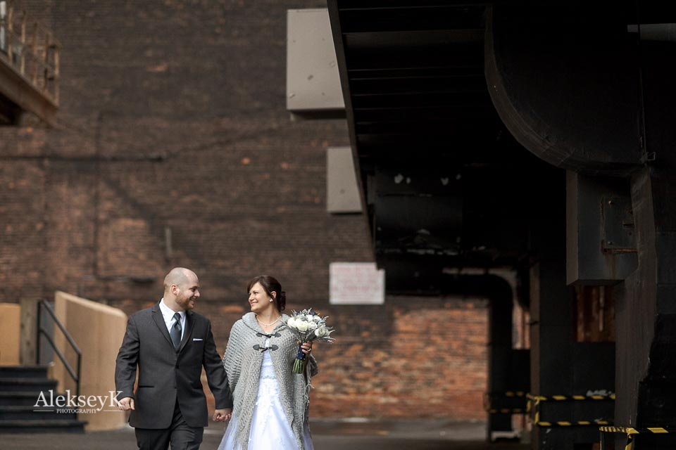 Pearl Street Grill & Brewery Wedding Photos