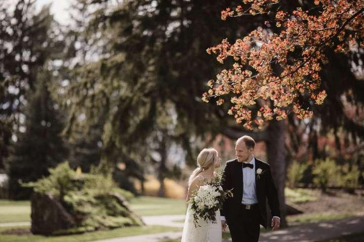 Brookfield Country Club Wedding Photos | Bride & Groom
