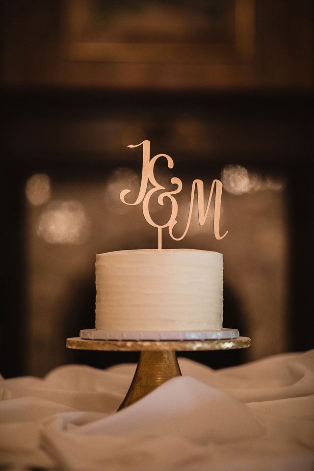 Brookfield Country Club Wedding Photos | Cake