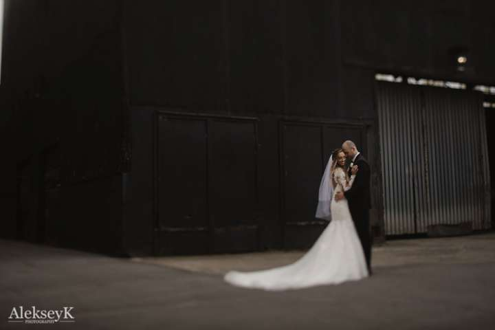 The Foundry Wedding Photos | industrial wedding style