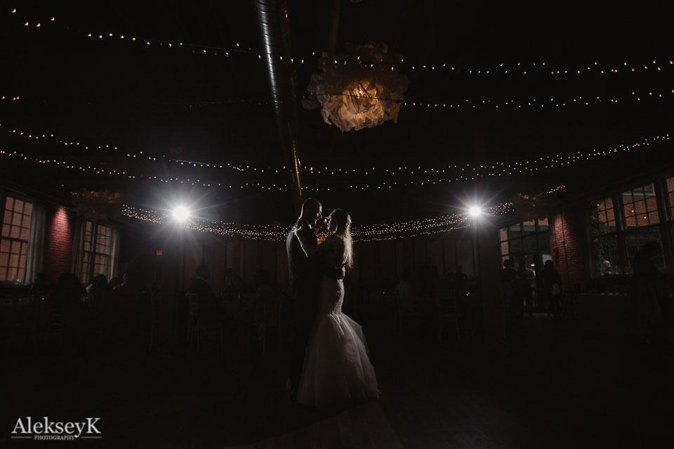 The Foundry Wedding Photos   industrial wedding style
