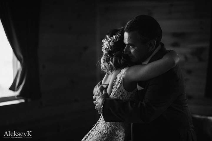 The Woods at Bear Creek Wedding Photos | Dad Look