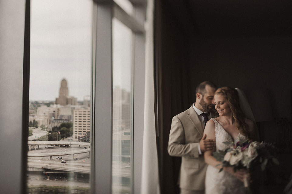portrait of the Bride and Groom with view of buffalo ny