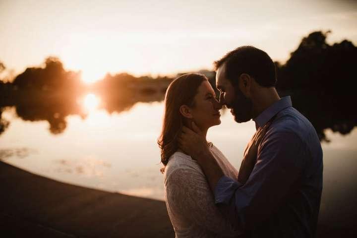 engagement session portrait of bride and groom at Hoyt Lake Buffalo NY