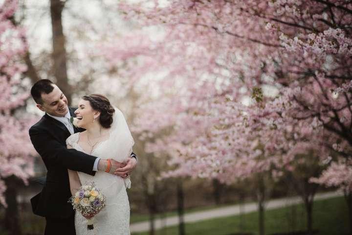Japanese Garden, Buffalo NY | Cherry Blossom | Portrait of Bride and Groom | Buffalo NY